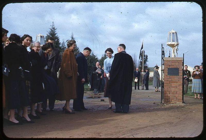 Opening of E.H.G Memorial Gates (5).jpg