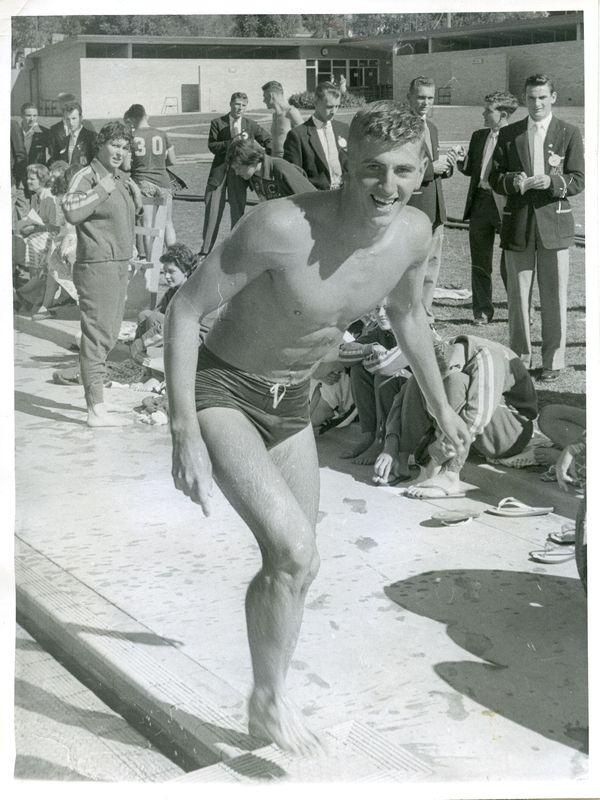 1958 - Bob Ford at Bendigo Olympic Swimming Pool.jpg