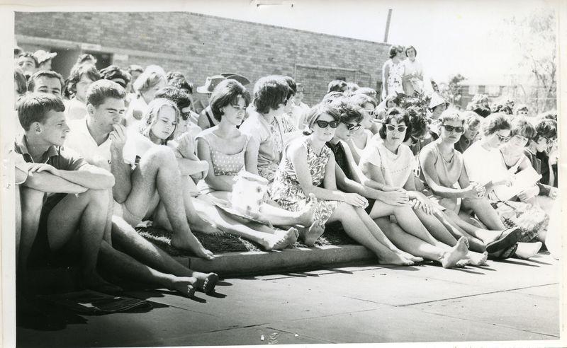 1964 - Swimming Carnival.jpg