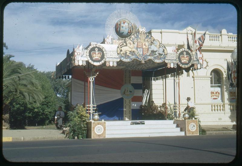 Royal Tour 1954 - Dais [RW1574.488].jpg