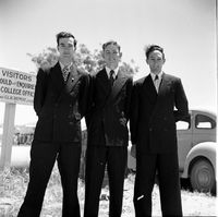 1949-1950 - Graduation5.jpg