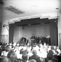 1949-1950 - Graduation7.jpg